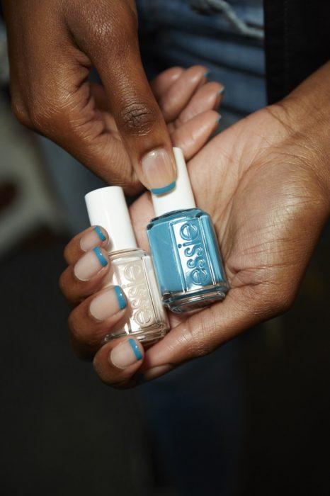 uñas Frances azul