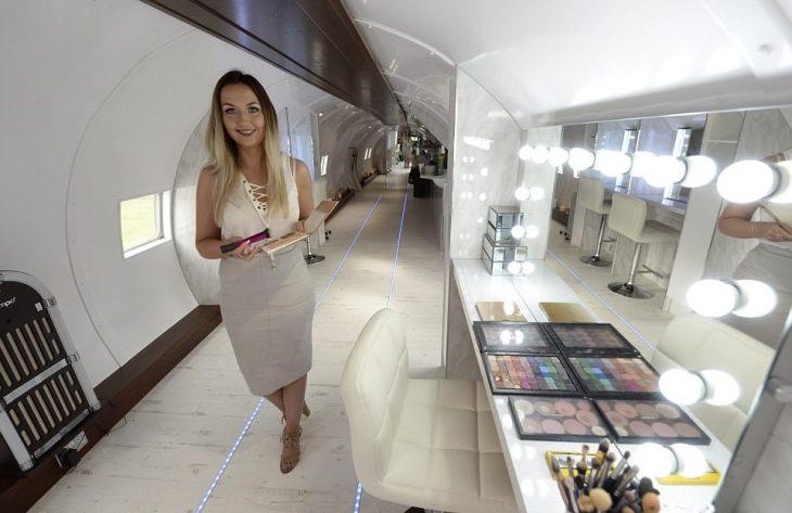avion salon de belleza