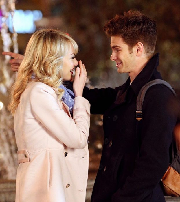 Emma Stone and Andrew Garfield on location for 'Spiderman 2'