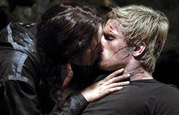 los juegos del hambre beso