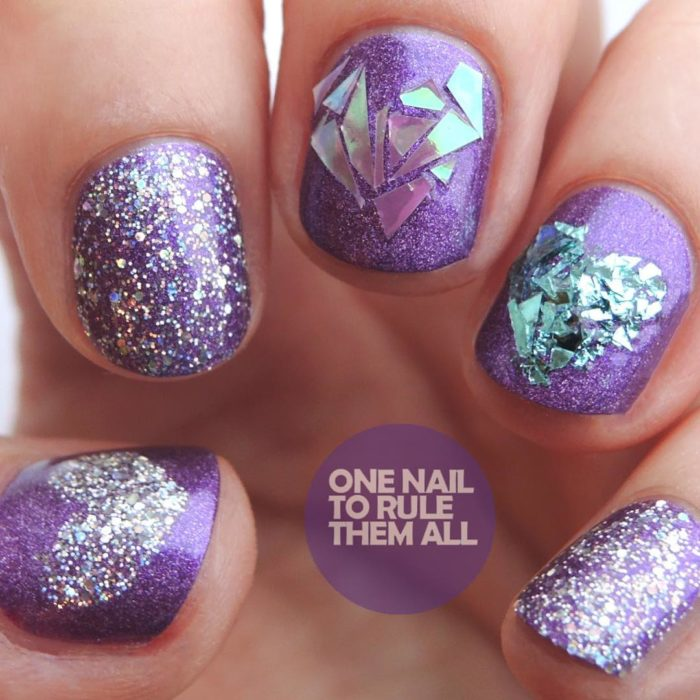 One nail to rule them all uñas