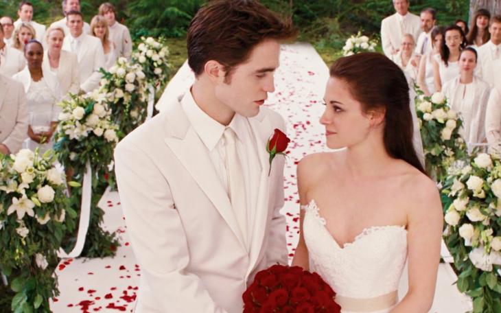 Robert Pattinson y Kristen Stewart/ Bella Swan y Edward Cullen