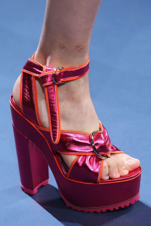 ce2291d2e01 Zapatos de diseñador para primavera verano del jpg 1020x1530 Temporada  primavera sandalias de verano