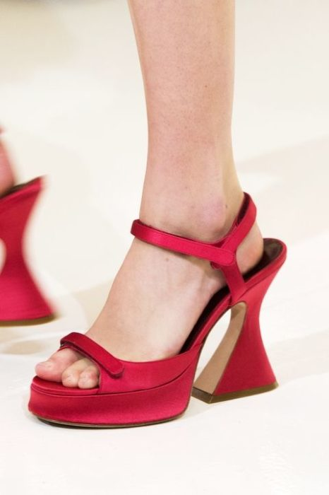 sies marjan sandalias