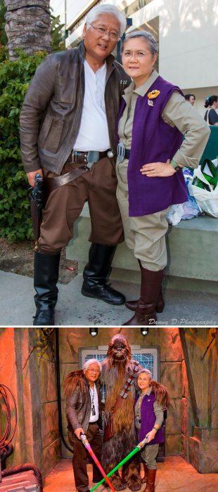 Abuelitos disfrazados como han solo y Leia Organa de Star Wars