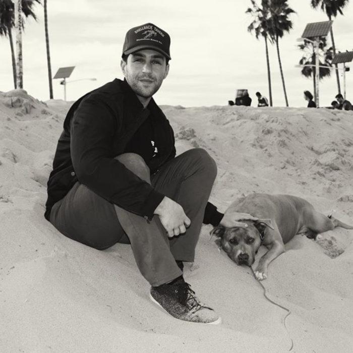 Famosos con sus perros; Josh Peck