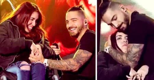 Maluma enamora con tierno gesto que tuvo con fan en silla de ruedas