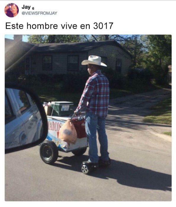 HOMBRE VENDIENDO HELADOS