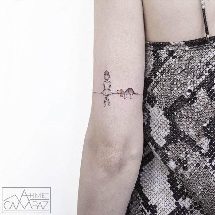 Tatuajes minimalistas que te recordarán tu a un cuento