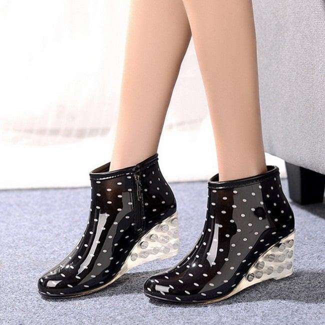 botas en forma de zapatos