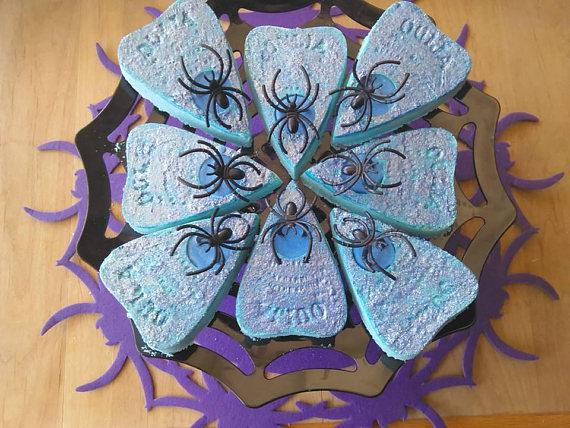 Ouija con arañas