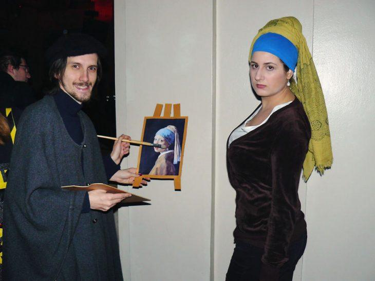 pareja cosplay Vermer y la chica del arete de perla