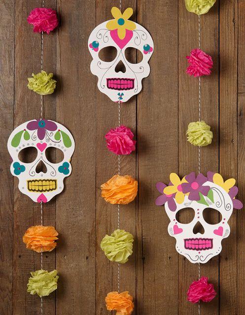 20 ideas de pinterest para decorar tu casa el d a de muertos for Puertas decoradas con flores de papel