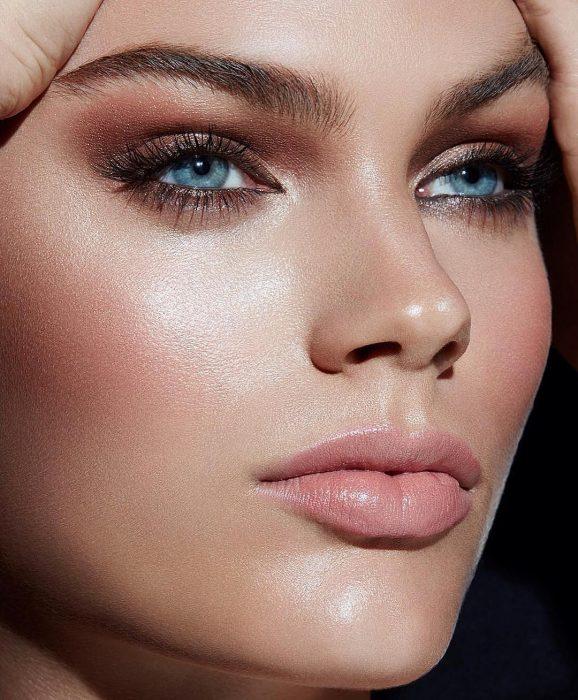 Charlotte Tilbury maquillaje