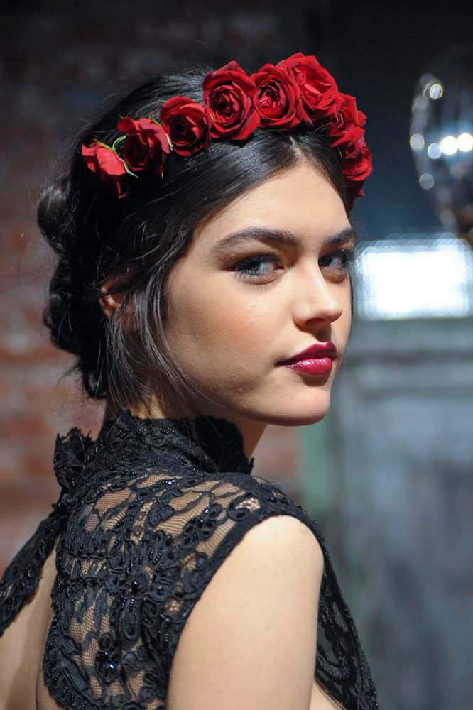 20 estilos con diademas para darle m u00e1s glamour a tu peinado