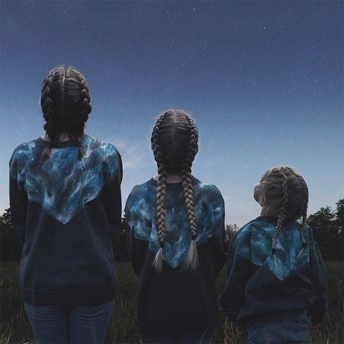 All that is three observando el cielo estrellado