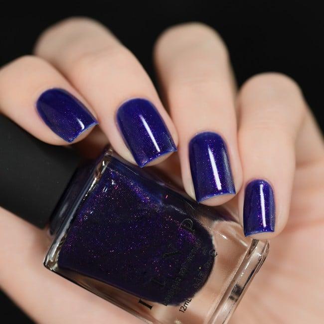 azul morado iridiscente