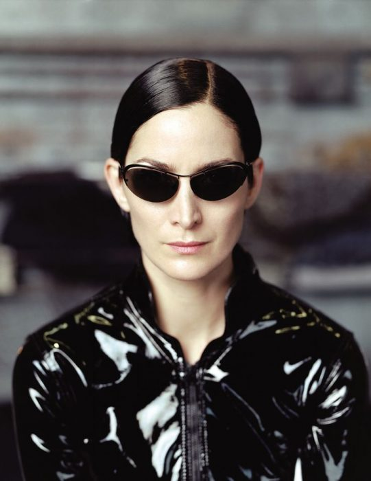 carrie anne moss lentes de matrix