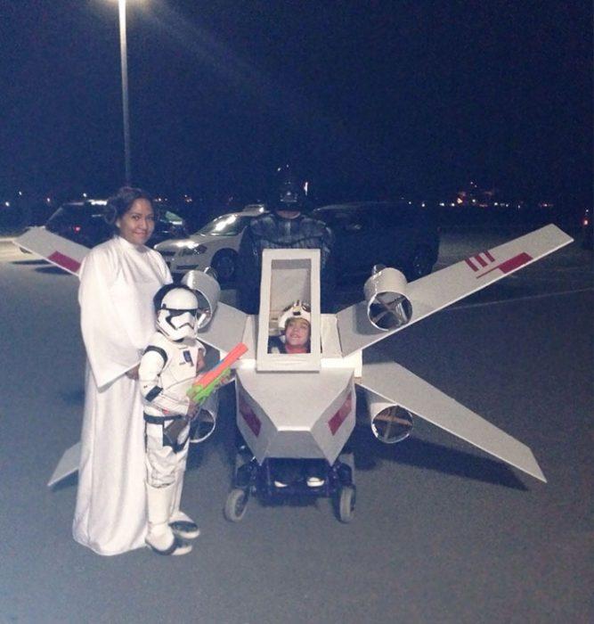 familia disfrazada de star wars