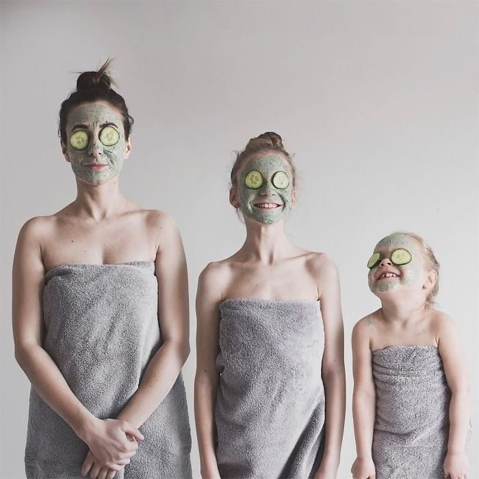 All that is three chicas con mascarillas