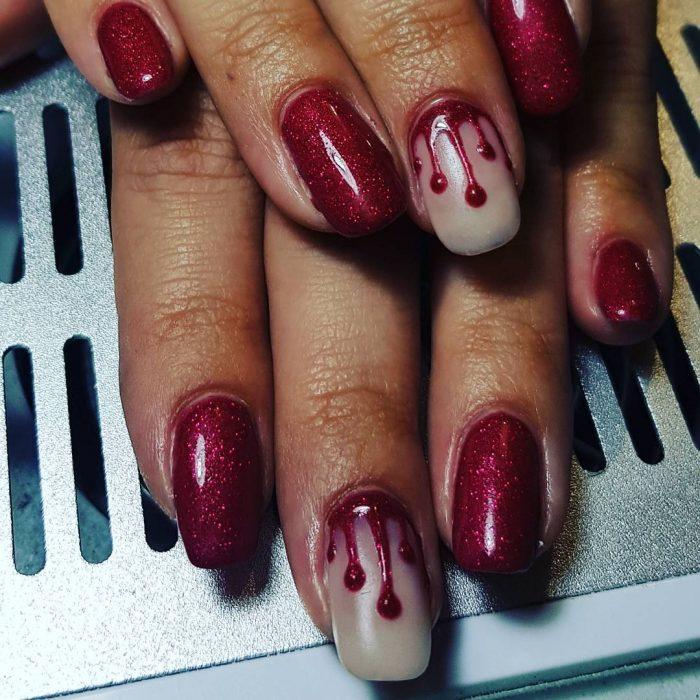 manicura sangrienta