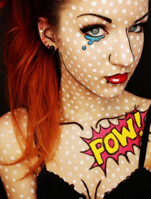 chica maquillada de pop art