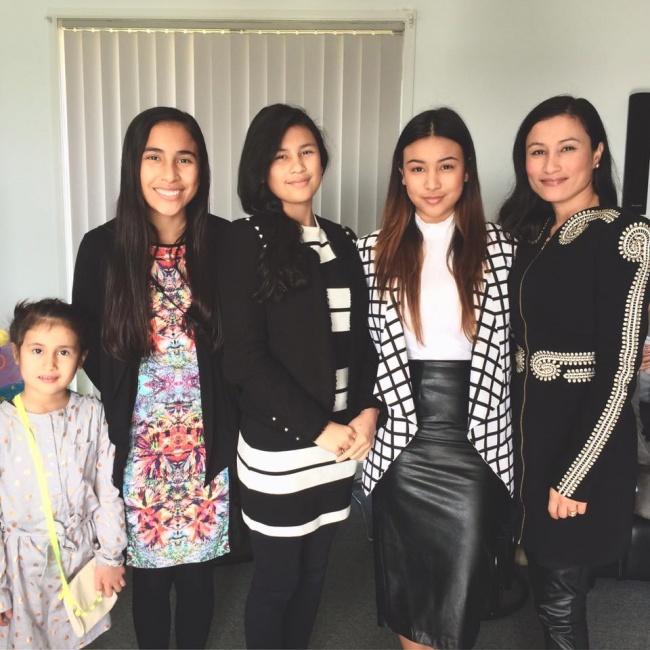 familia de mujeres japonesas