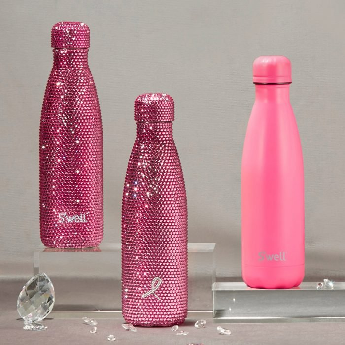 Botellas de la marca S'well con diamantes