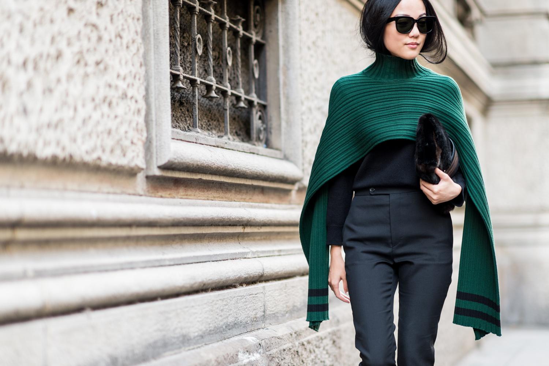 15 outfits con los que te inspirar s a usar un lindo poncho. Black Bedroom Furniture Sets. Home Design Ideas