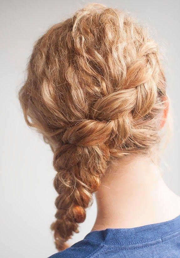 Peinados recogidos cabello chino