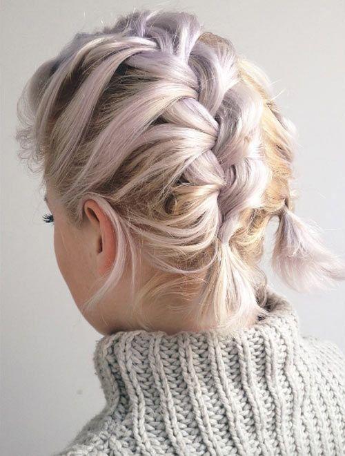 cabello de colores y trenzado