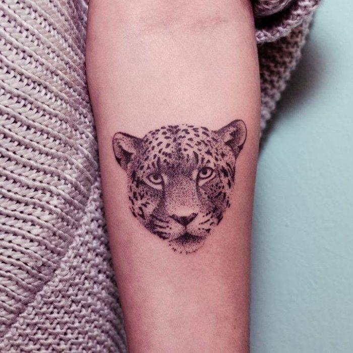 tatuaje de leopardo