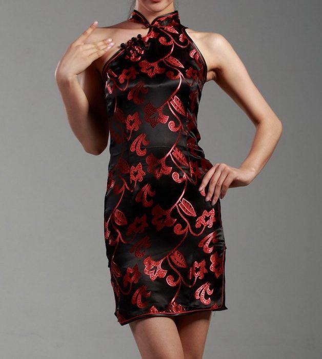 vestido corto estilo oriental