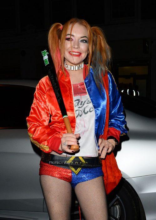 chica disfrazada de Harley queen
