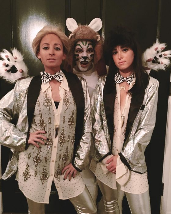 chicas disfrazadas para Halloween