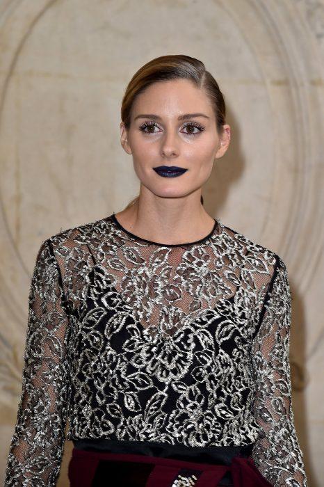 Olivia palermo con unos labios en color negro