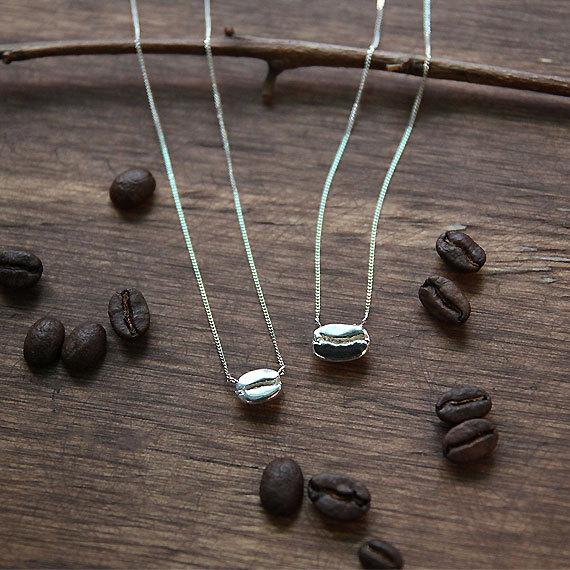 collar de grano de café