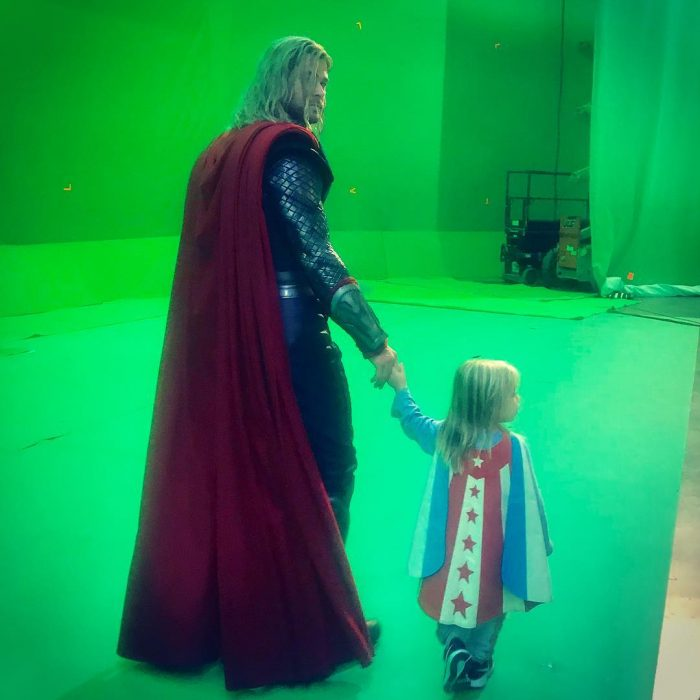 04 chris hemsworth y su hija
