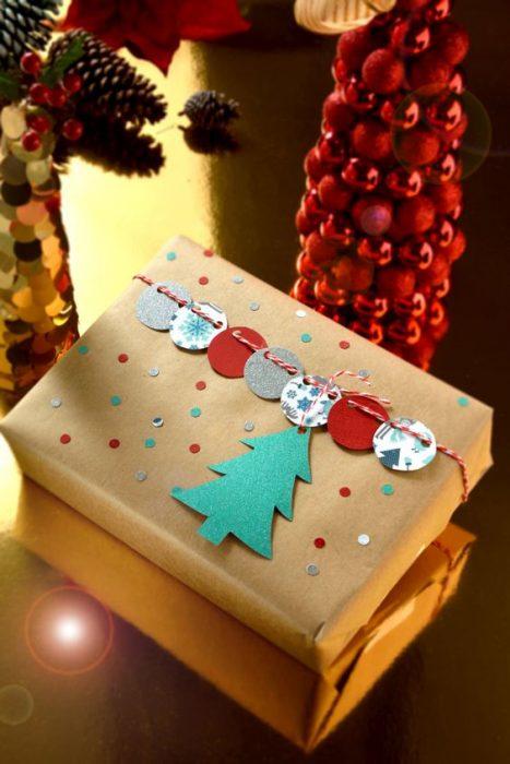 15 ideas originales para envolver tus regalos esta navidad for Regalos originales decoracion