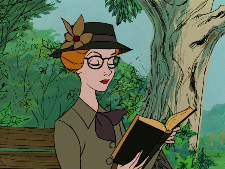 Anita lee en el parque