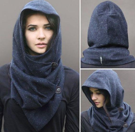 chica con capucha