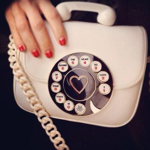 bolso en forma de telefono