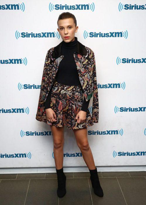 Millie Bobby Brown en una alfombra roja