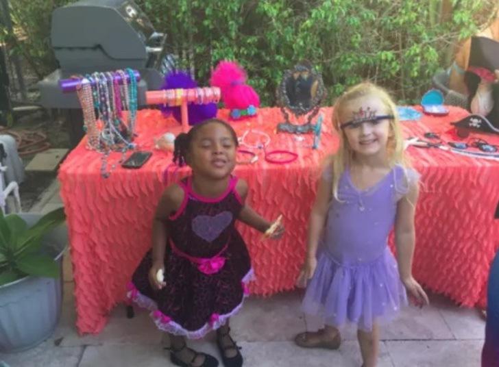 niñas de fiesta