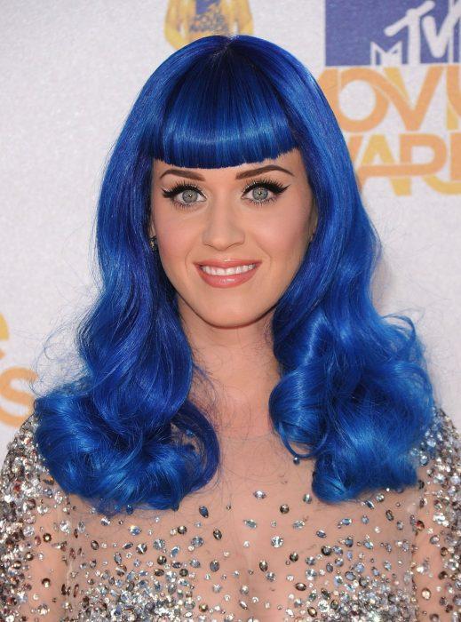 Katy Perry con peluca