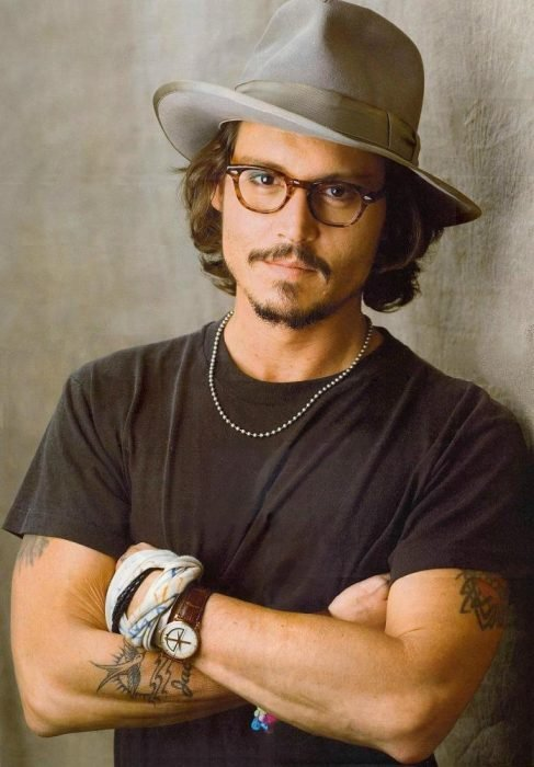 johnny deep con fedora