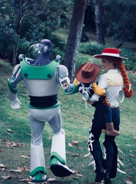 Jessica Biel y Justin Timberlake de Woody, Jesse y Buzz de Toy Story 2