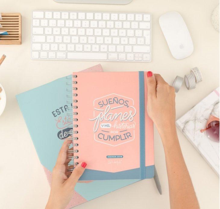 agenda de colores pastel