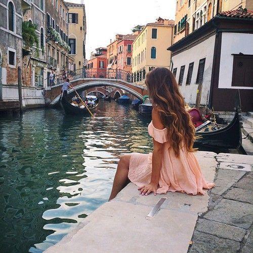 chica viajando a Europa