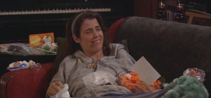 Robin enferma comiendo cosas feas
